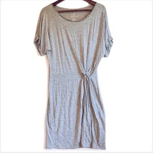 3/25$ Juicy Couture Grey Knotted Shirt Dress